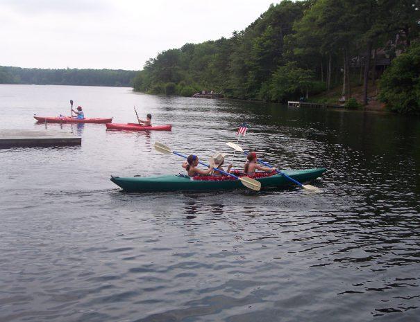 stockvault-kayaking131072
